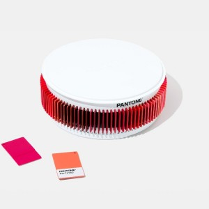 PANTONE-PLASTIC-CHIPS-REDS-COLORI-PLASTICA-